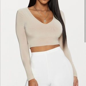 Pretty Little Thing Long Sleeve Crop Top